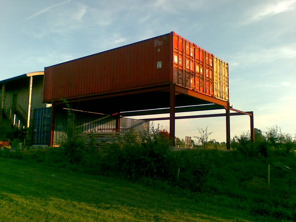 Container habitable vf a ro for Containers habitables